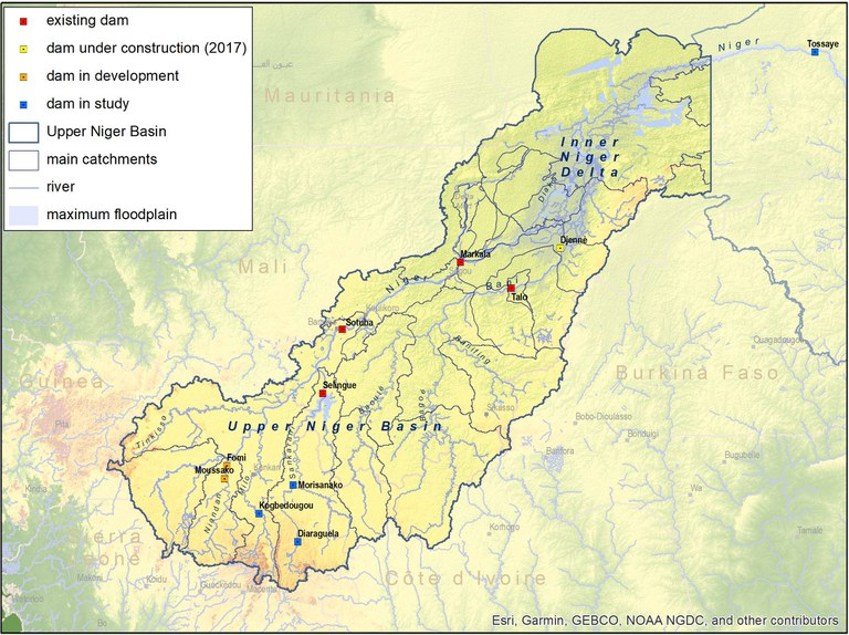 2541_116a_Upper basin_dams_catchments.jpg