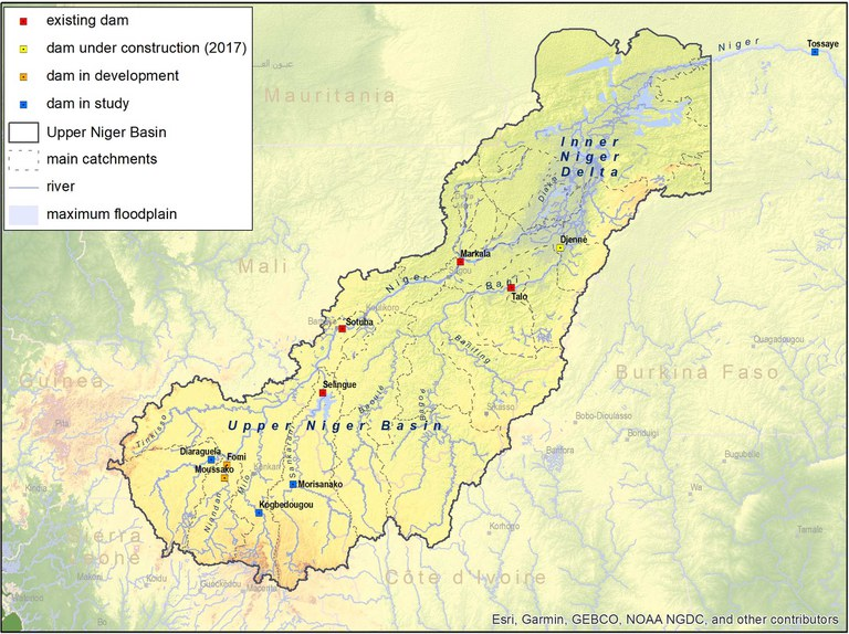 2541_116a_Upper basin_dams_catchments_web.jpg
